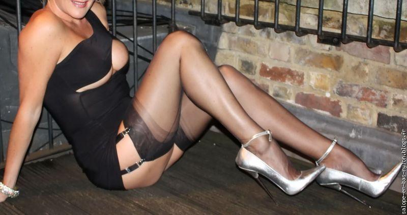 nylon salope femme salope en photo